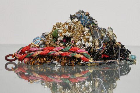 Fort lot de bijoux fantaisie
