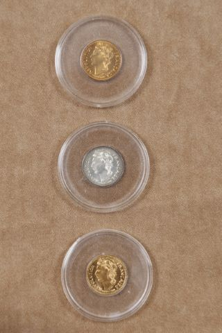 Marianne, 3 médailles commémoratives
