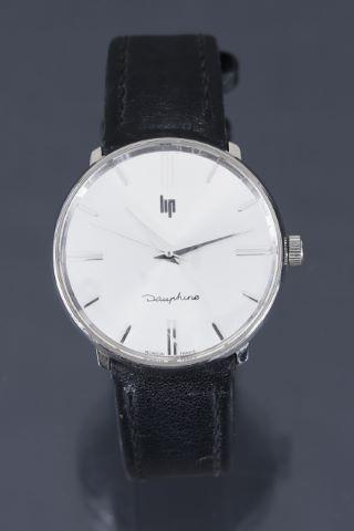2 montres d'homme, modèles Dauphine et Panoramic