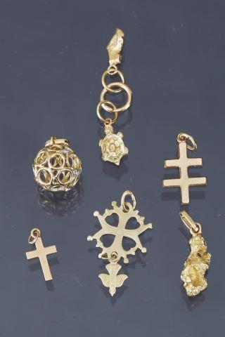 7 pendentifs