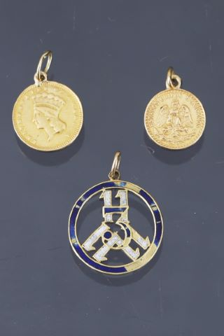 5 pendentifs