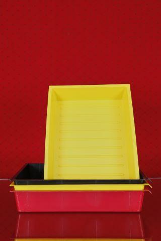 4 grands bacs de rangement pouvant former tiroirs