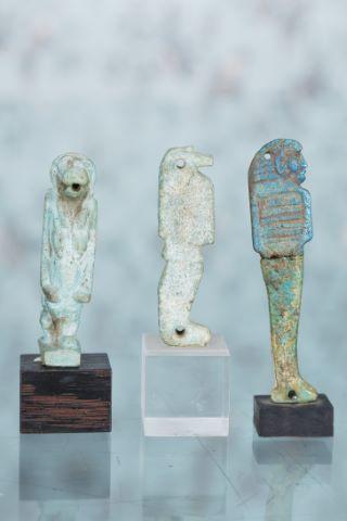 3 amulettes