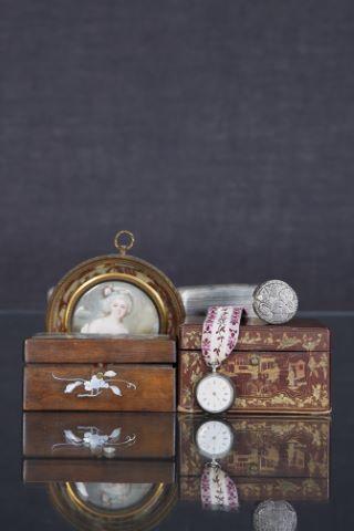 Ensemble d'objets de vitrine