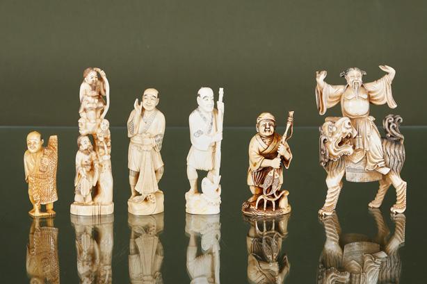 6 pêcheurs et dignitaires