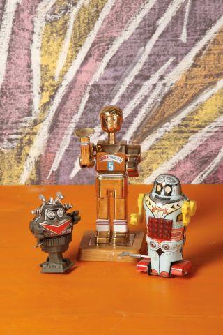 Lot de trois robots
